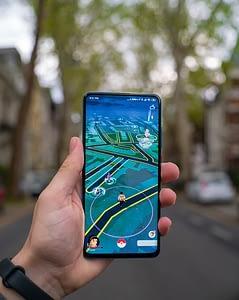 Augmented Reality Games: Pokemon Go